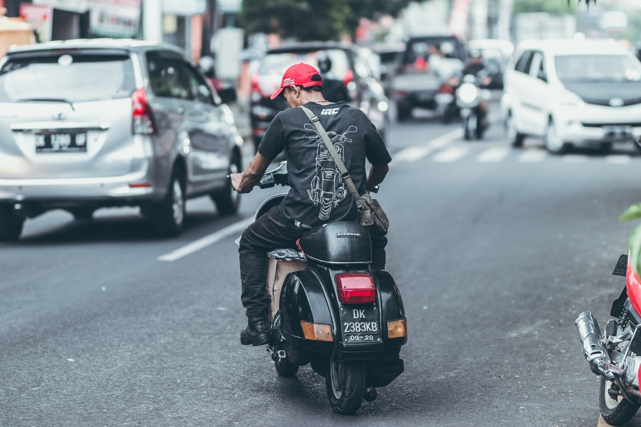 Ubereats review scooter requirements